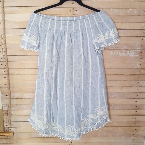 c31d039c183 Merona off the shoulder Linen blend dress Small. M 5b61e3a3aaa5b8bb8b81b324